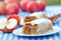 Штрудель Яблока - торт яблока Стоковое Изображение