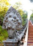 Штукатурка бога Deva демона Naka, шаг лестницы цемента Стоковое Изображение