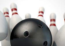 10 штыри и шариков боулинга Pin Стоковая Фотография