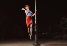 штырь фонарика девушки вверх Стоковая Фотография RF