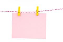штырь hang бумажный деревянный Стоковое Фото