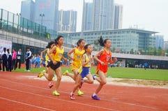 Шэньчжэнь, Китай: выбор спортсменов легкой атлетики элиты в основном и средних школах Стоковое Фото