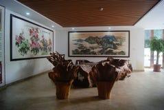 Шэньчжэнь, Китай: деревянная мебель Стоковое фото RF