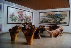 Шэньчжэнь, Китай: деревянная мебель Стоковые Фотографии RF