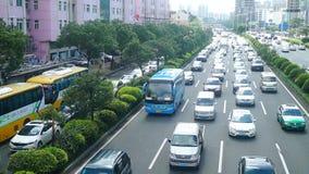 Шэньчжэнь, Китай: Затор автомобиля в бульваре Baoan видеоматериал