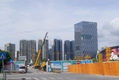Шэньчжэнь, Китай: строительная площадка крана башни Стоковое фото RF