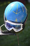 Шлем мотоцикла с изумлёнными взглядами стоковое изображение rf