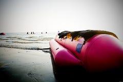 Шлюпка банана на пляже Стоковое фото RF