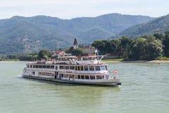 Шлюпка в Дунае, долина путешествия пассажира Wachau Стоковая Фотография