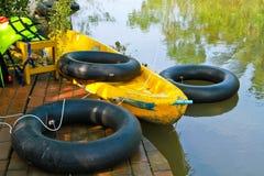 Шлюпка в реке Стоковая Фотография