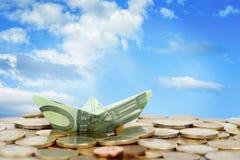 Шлюпка денег евро Стоковое Изображение