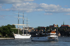Шлюпка на Балтийском море в Стокгольме Стоковые Фотографии RF