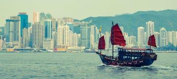 Шлюпка на Виктории Hobor в Гонконге стоковое изображение