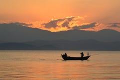 Шлюпка на озере Стоковое Фото