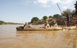 Шлюпка на реке стоковая фотография