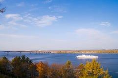 Шлюпка на реке Стоковое фото RF