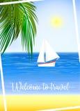 Шлюпка на тропическом пляже Стоковое Фото