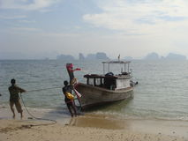 Шлюпка приземляясь Таиланд Стоковое фото RF