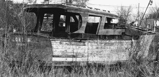 шлюпка старая Стоковое Фото