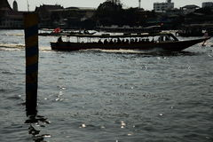 Шлюпка Chao Phraya срочная Стоковое фото RF
