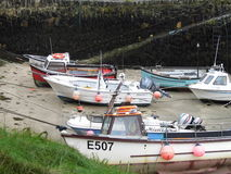 Шлюпки в гавани Boscastle Стоковое Изображение RF