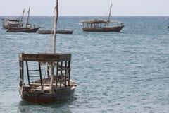 Шлюпки в Индийском океане в архипелаге Занзибара formerly стоковые фотографии rf
