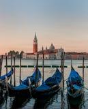 Шлюпки гондолы на Венеции Стоковые Фотографии RF