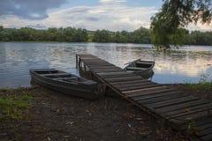 Шлюпки и деревянная койка Стоковая Фотография