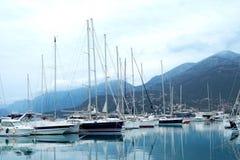 Шлюпки и яхты в койке бара Стоковое фото RF