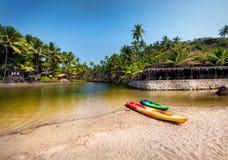 Шлюпки каяка на пляже Goa Стоковое Фото