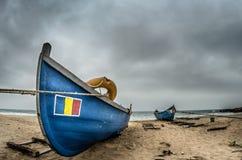 Шлюпки на пляже Стоковое фото RF