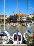 3 шлюпки причаленной в итальянской гавани Стоковые Фото