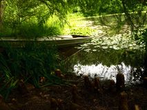 Шлюпки пруда Стоковое Фото