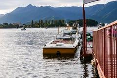 Шлюпки скорости в озере kawaguchiko Стоковое Фото