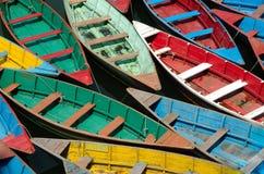 шлюпки цветастые Стоковые Фотографии RF