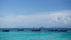 Шлюпки Longtail в море Andaman Стоковые Фотографии RF