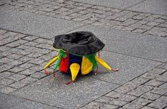 Шляпа клоуна в улице Стоковое Изображение RF