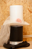 Шляпа чайник с цветками Стоковая Фотография