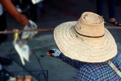 Шляпа человека носит для продажи Стоковое Изображение RF