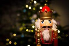 Щелкунчик рождества с рождественской елкой Стоковые Изображения