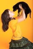 щенок удерживания девушки Стоковые Изображения RF