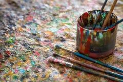 Щетка, краска, художническая Стоковая Фотография