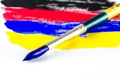 Щетка краски на белизне Стоковые Фотографии RF
