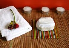 щетка красотки миражирует полотенце спы пемзы здоровья Стоковые Изображения RF