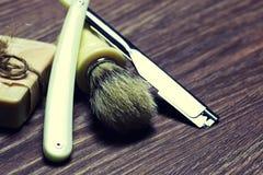 Щетка мыла бритвы острая Стоковые Изображения