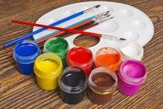 щетка buckets краска Стоковые Фото