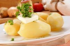 ые картошки петрушки масла Стоковые Фото