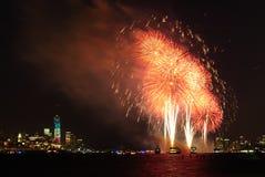4-ый из фейерверков в июле в Нью-Йорке Стоковое Изображение RF