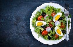 ый салат яичек стоковое изображение rf