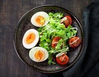 ый салат яичек стоковые фото